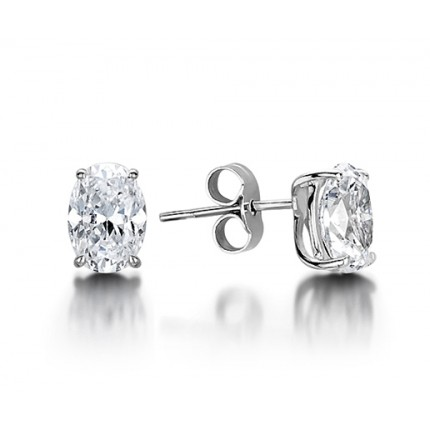 4 G Setting Oval Diamond Stud Earring