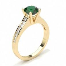 Round Yellow Gold Gemstone Diamond Rings