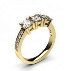 Round Yellow Gold 3 Stone Diamond Rings